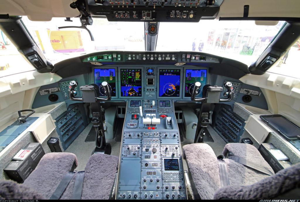фото Bombardier Challenger 650