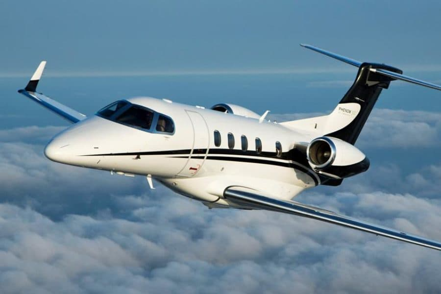 фото Embraer Phenom 300
