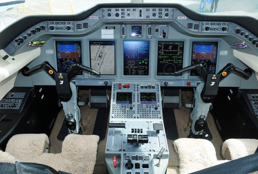 аренда бизнес джета Hawker Beechcraft 4000