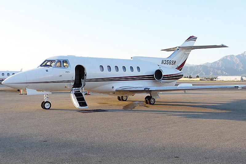 аренда бизнес джета Hawker Beechcraft 700