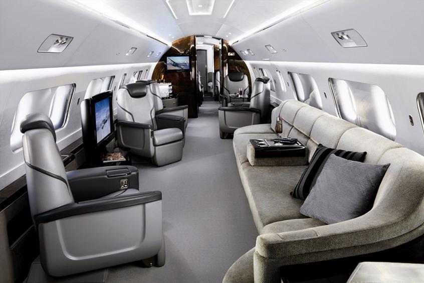 арендовать самолет Embraer Lineage 1000