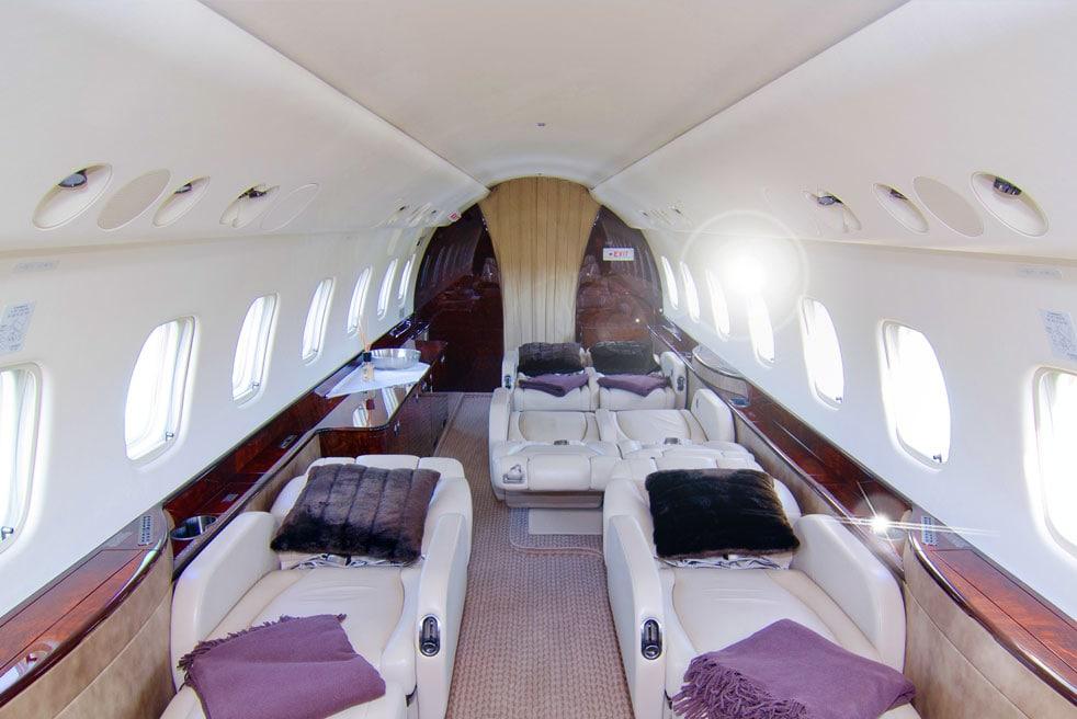 арендовать самолет Embraer Legacy 600