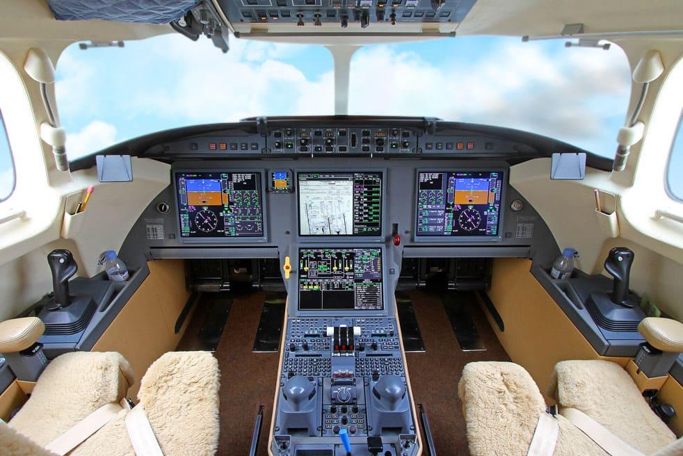 аренда бизнес джета Dassault Falcon 7x