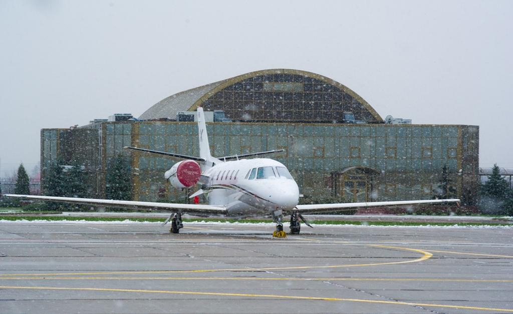 частные самолеты в Остафьево